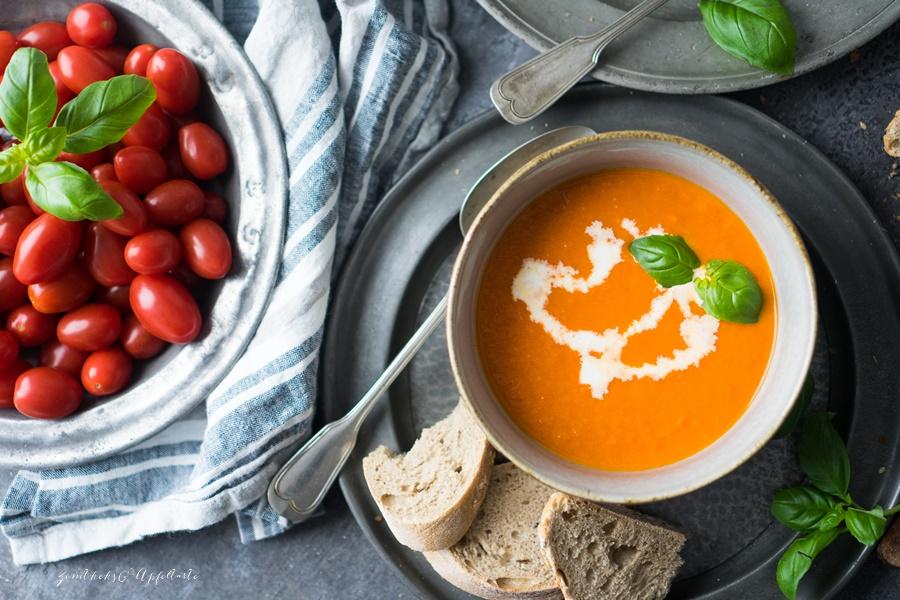 Vegane Tomatensuppe - super einfach und schnell selber kochen