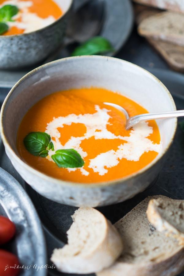 Einfach und gelingsicher selber kochen: vegane Tomatensuppe