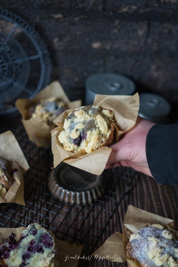 Beste Blaubeer-Streusel-Muffins ever - ganz einfaches und gelingsicheres Rezept
