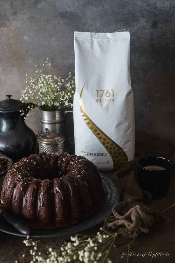 Saftiger Schokoladen-Espresso-Kuchen