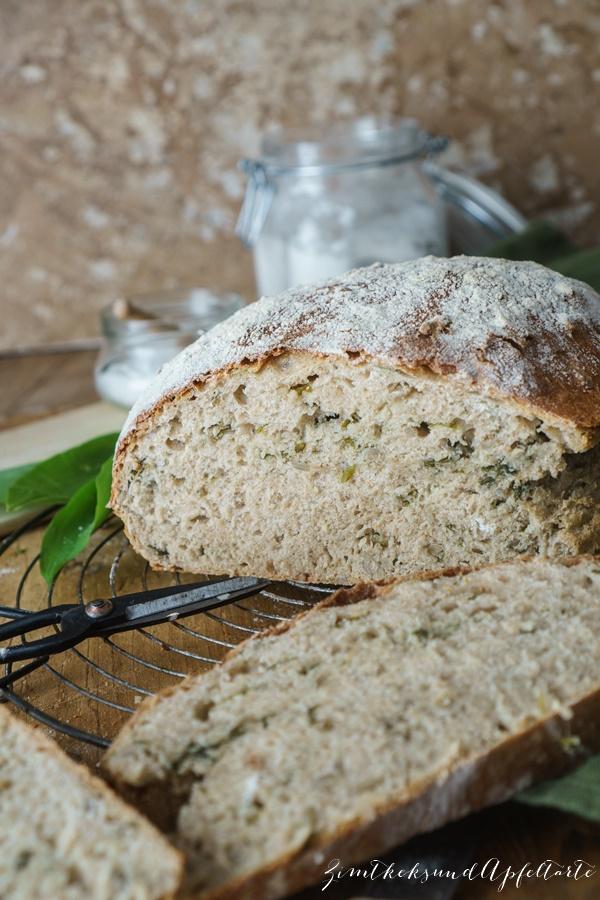 Bärlauch-Dinkel-Brot mit Bärlauch-Feta-Walnuss-Dip - tolles Rezept im Frühling
