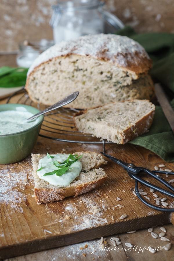 -Tolles einfaches Rezept zum selber backen: Bärlauch-Dinkel-Brot mit Bärlauch-Feta-Walnuss-Dip