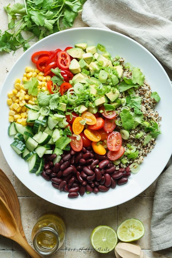 Gelingsicheres Rezept für Bunter Quinoa-Salat mit Limettendressing