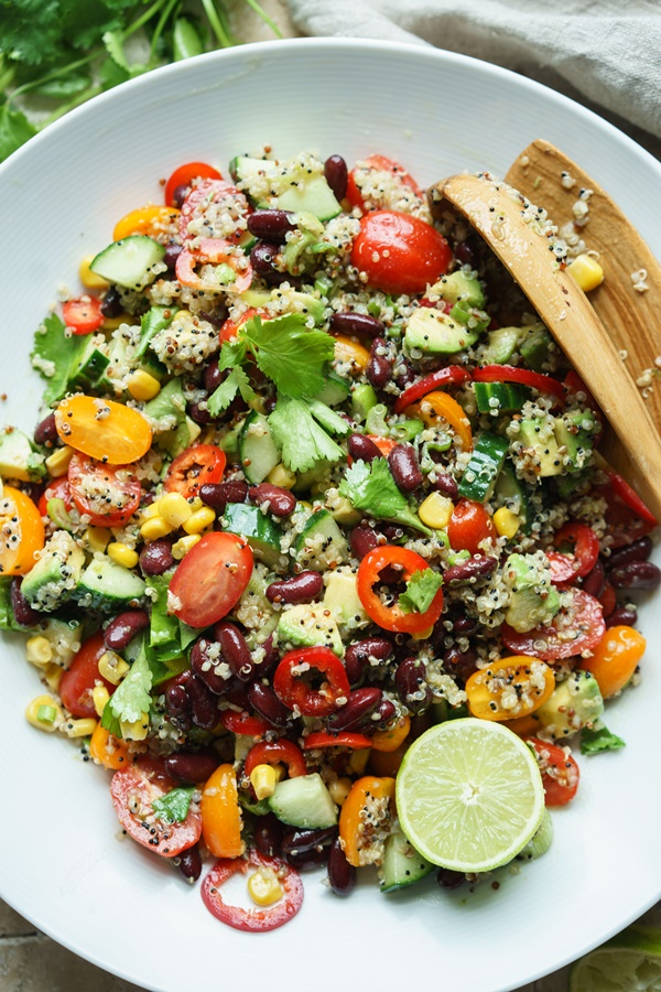 Bunter Quinoa-Salat mit Limettendressing - Proteinreich und super lecker - Zimtkeks und Apfeltarte