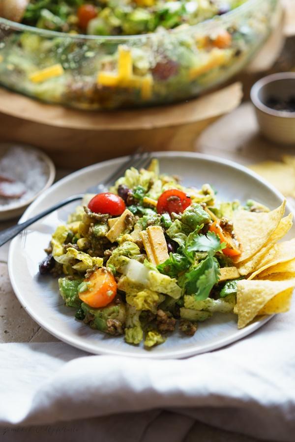Taco Salat mit Koriander-Dressing - Einfaches und sehr leckeres Rezept für die ganze Familie