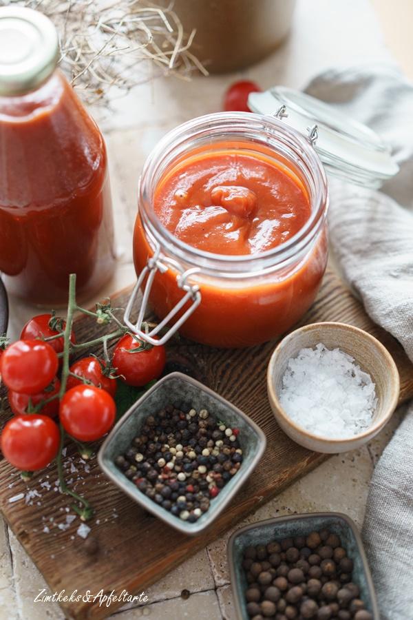 Kristiallzucker-fre ies Mango-Ketchup - ganz einfach und schnell