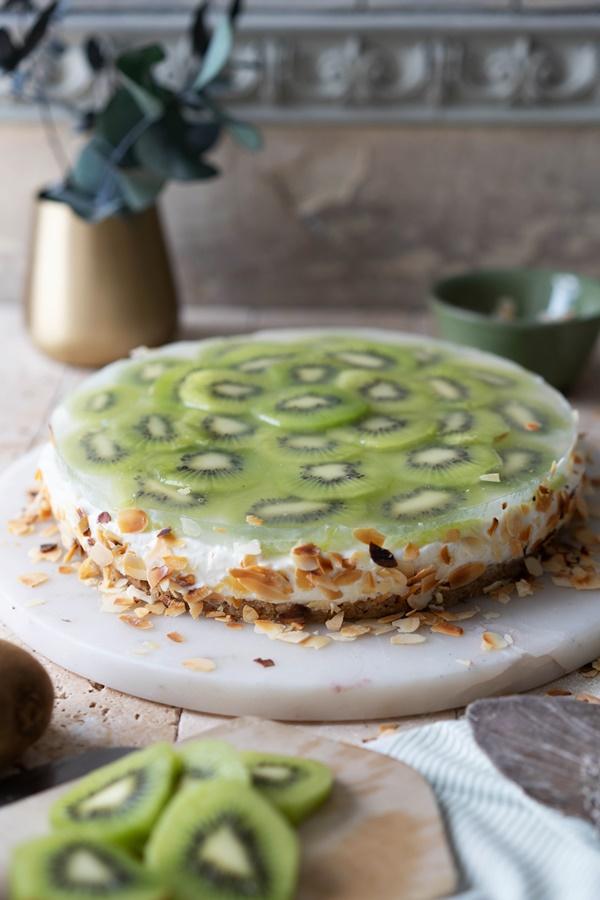 Gelingsicheres und einfaches Rezept: No-bake Joghurt-Kiwi-Törtchen