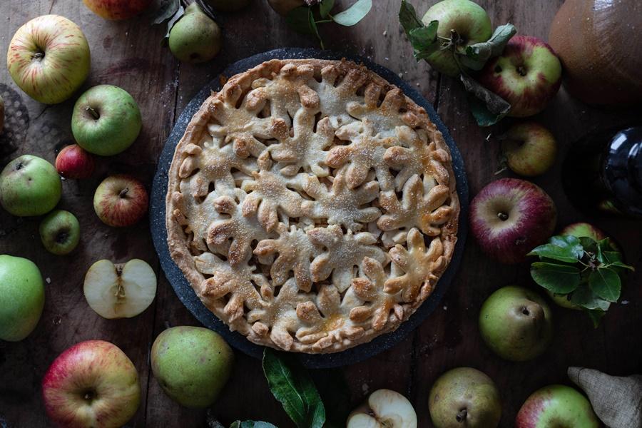 Rezept gedeckter Birnen-Apfel-Kuchen - Spiced Pear Apple Cake