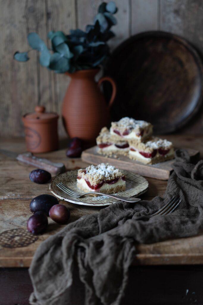 Zwetschgen-Cheesecake mit Nuss-Streuseln
