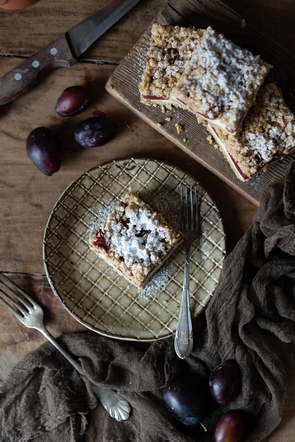 Zwetschgen-Cheesecake mit Nuss-Streuseln - einfaches und gelingsicheres Rezept